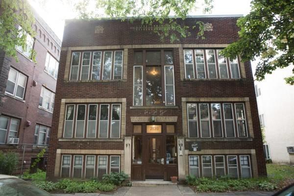 2120-22 Garfield Apartments